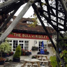 The Bull At Riseley Reading Garden